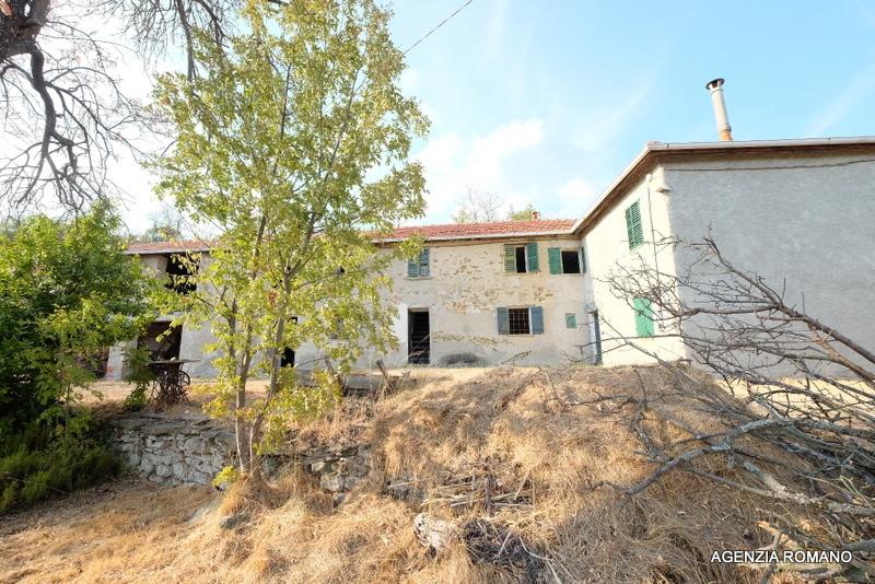 Rustico / Casale in vendita a Ponzone, 8 locali, prezzo € 80.000 | PortaleAgenzieImmobiliari.it