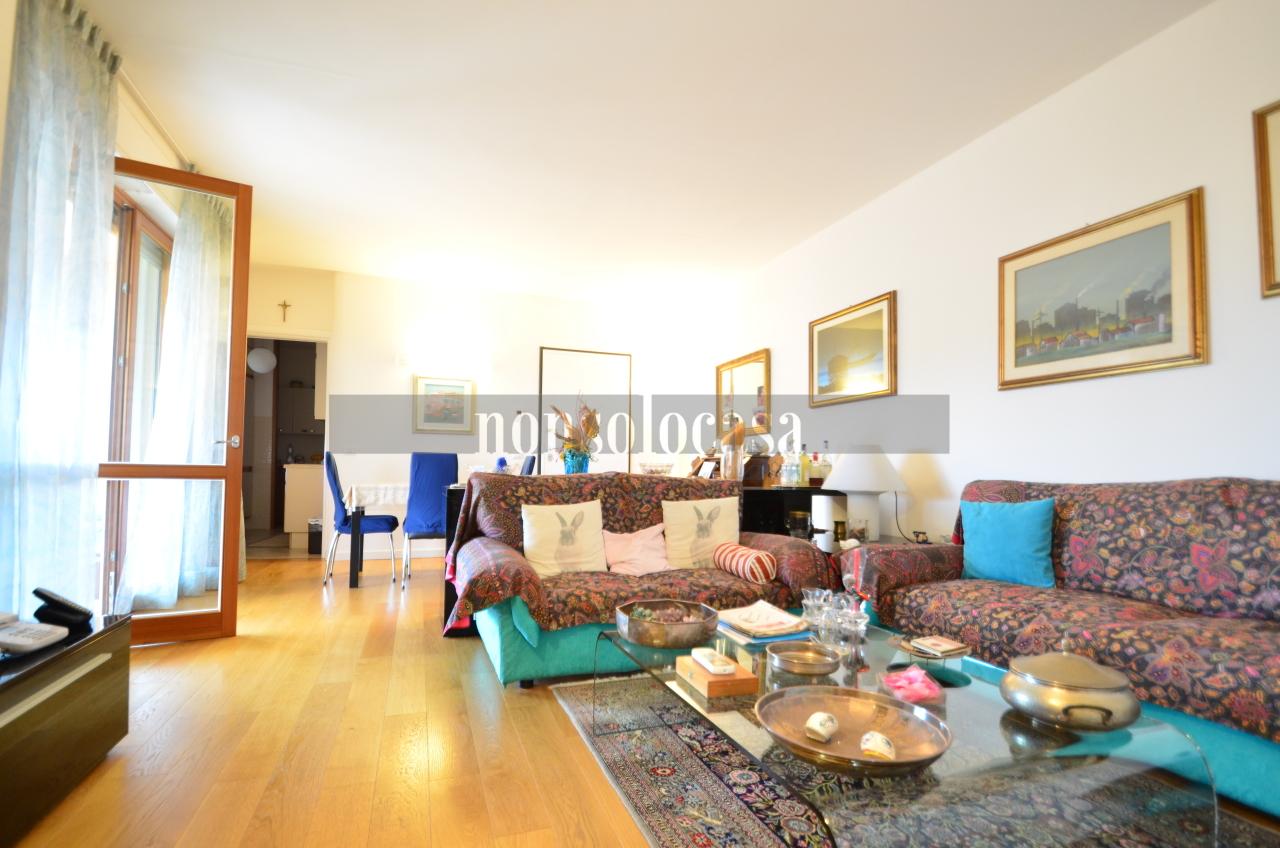 Appartamento in vendita a Corciano, 4 locali, prezzo € 250.000   CambioCasa.it