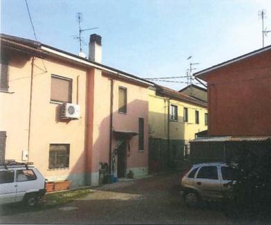 Casa Indipendente da ristrutturare in vendita Rif. 10906742