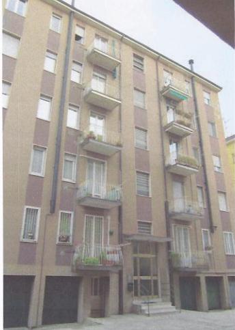Appartamento da ristrutturare in vendita Rif. 11179080