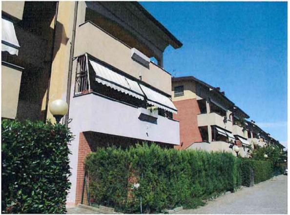 Villetta a schiera da ristrutturare in vendita Rif. 11245492