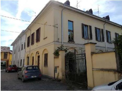 Porzione di casa da ristrutturare in vendita Rif. 10985532