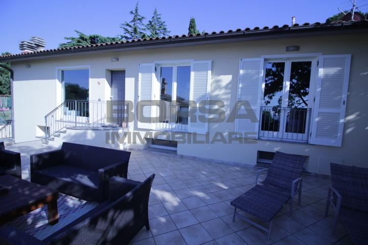 Villa in ottime condizioni in vendita Rif. 10576646