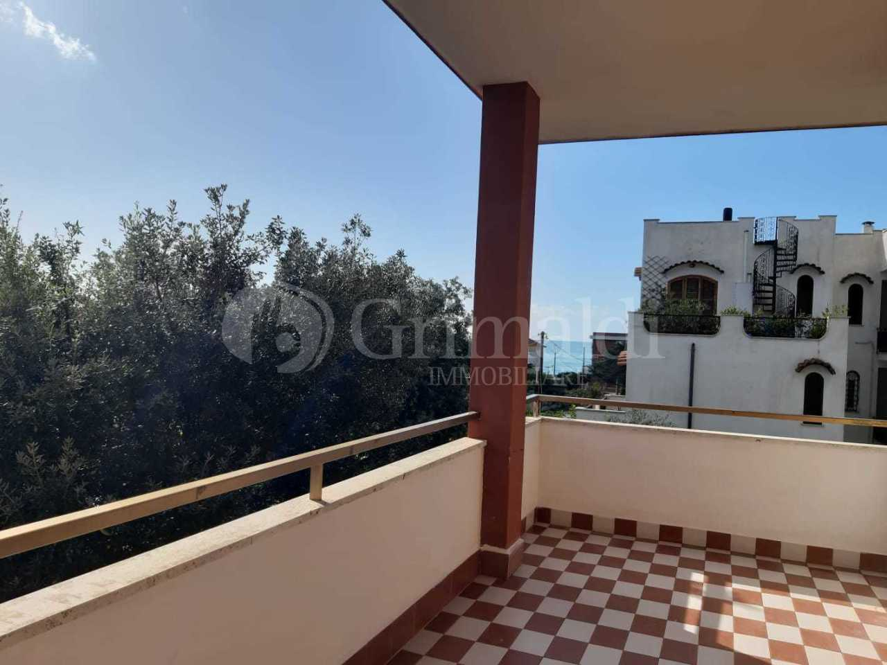 Appartamento arredato in affitto Rif. 11487293
