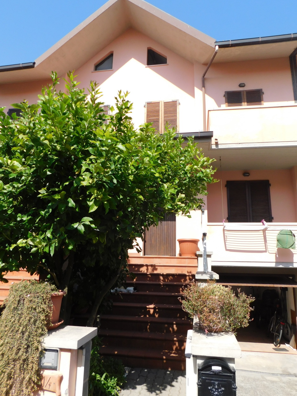 Villetta a schiera in ottime condizioni in vendita Rif. 10894551