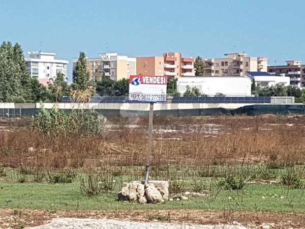 OTTIMA POSIZIONE, Lecce