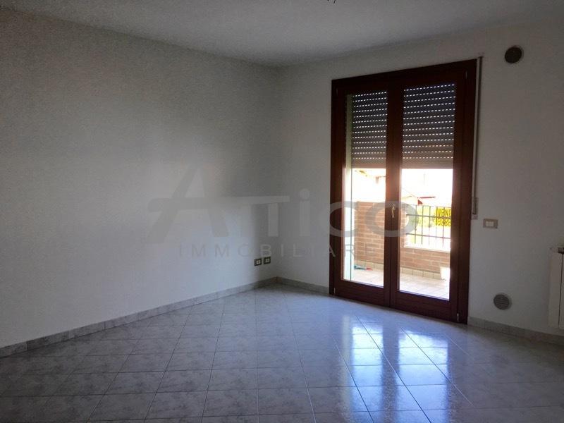 Appartamento in vendita a Villadose, 3 locali, prezzo € 105.000 | CambioCasa.it