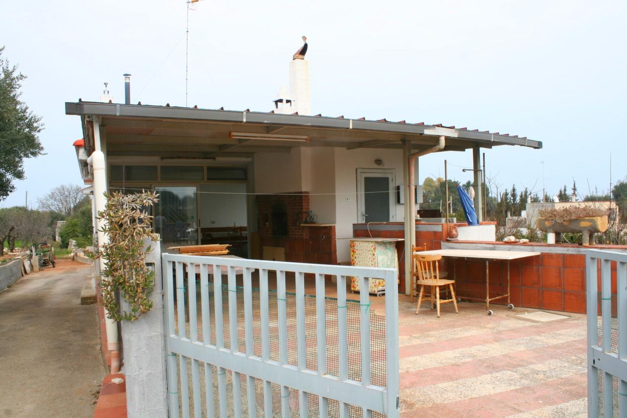 Villa in buone condizioni in vendita Rif. 9630232