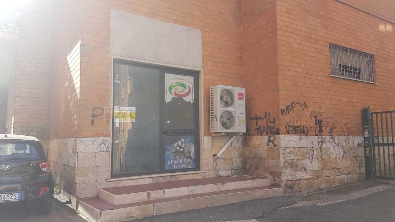 Locale commerciale - Oltre 3 vetrine a Monterotondo Rif. 9173969