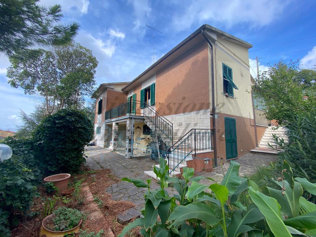 Villa in vendita a Santa Luce, 5 locali, prezzo € 175.000   PortaleAgenzieImmobiliari.it