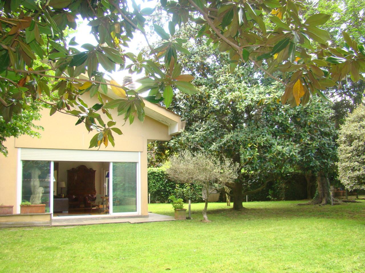 Villa ristrutturato in vendita Rif. 10689586