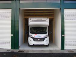 Box e posti auto in affitto Rif. 4156425