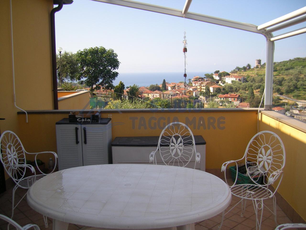 Appartamento in vendita a Pompeiana, 2 locali, prezzo € 190.000 | CambioCasa.it