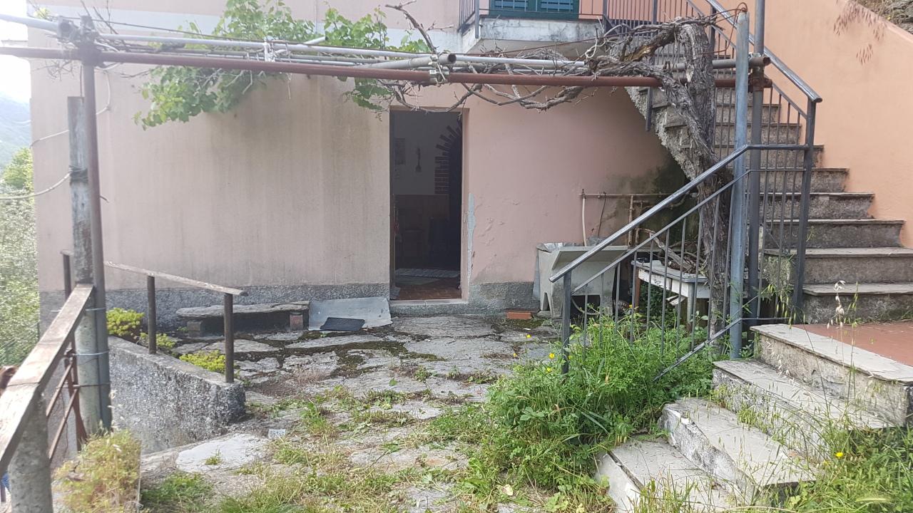 Appartamento in vendita a Bargagli, 4 locali, prezzo € 29.000 | PortaleAgenzieImmobiliari.it