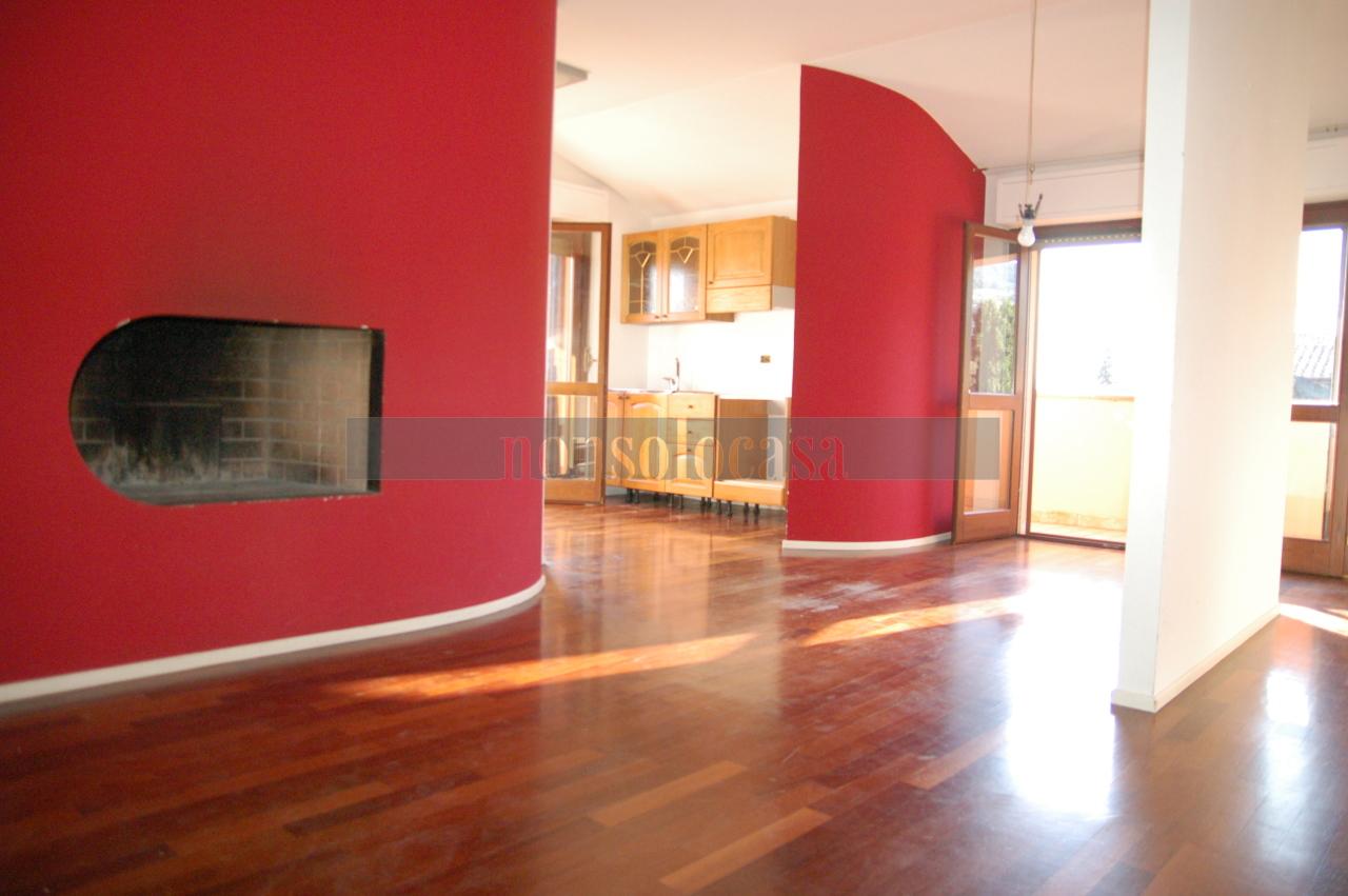 Appartamento in affitto a Assisi, 4 locali, prezzo € 450 | CambioCasa.it