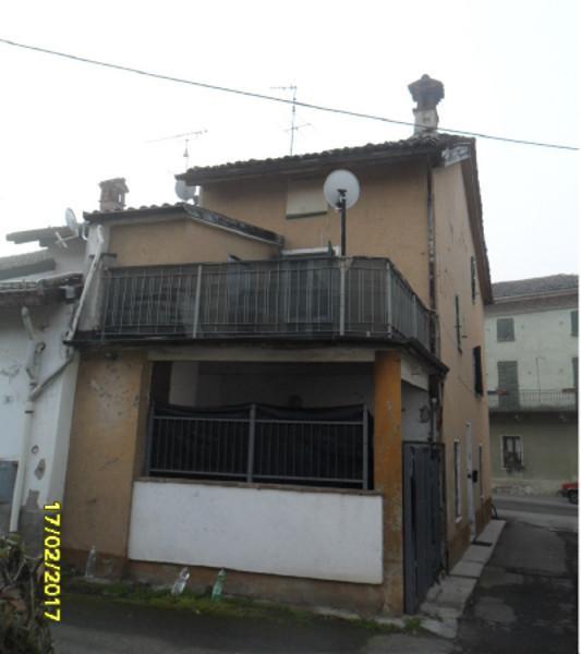 Casa Indipendente in discrete condizioni in vendita Rif. 9821739