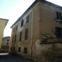 Casa Indipendente in discrete condizioni in vendita Rif. 9821755