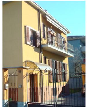 Villa in buone condizioni in vendita Rif. 11666288