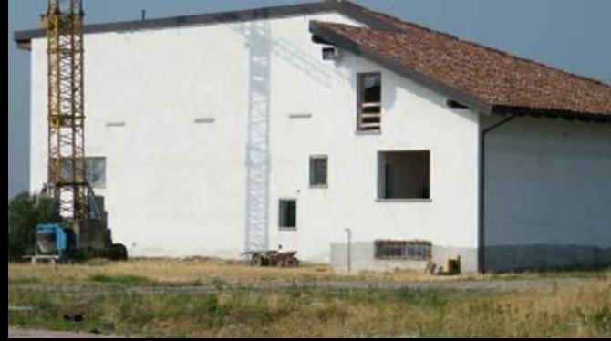 Capannone / Fondo - Industriale/Artigianale a Felizzano Rif. 9847343