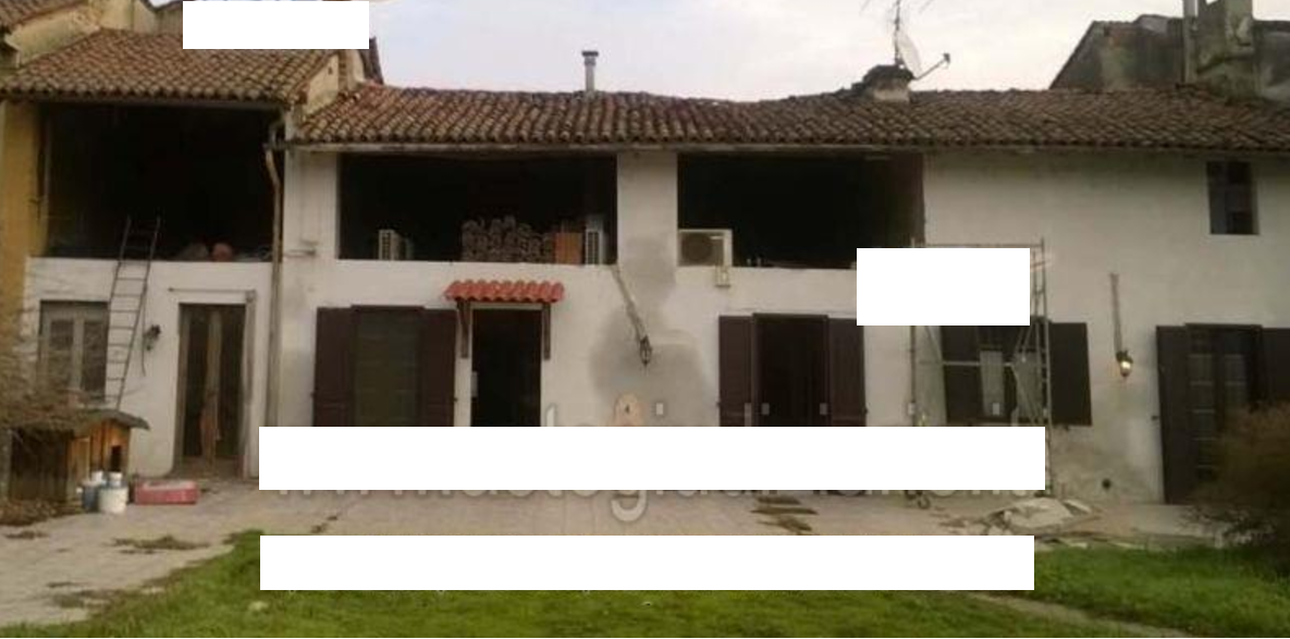 Casa Indipendente in discrete condizioni in vendita Rif. 9343419