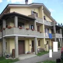 Villetta a schiera in buone condizioni in vendita Rif. 9620893