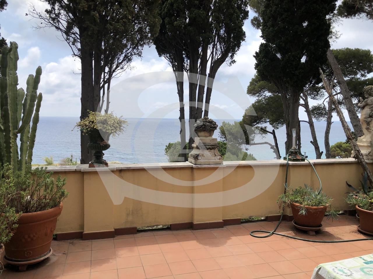 Appartamento in affitto a SanRemo, 4 locali, prezzo € 1.300 | PortaleAgenzieImmobiliari.it