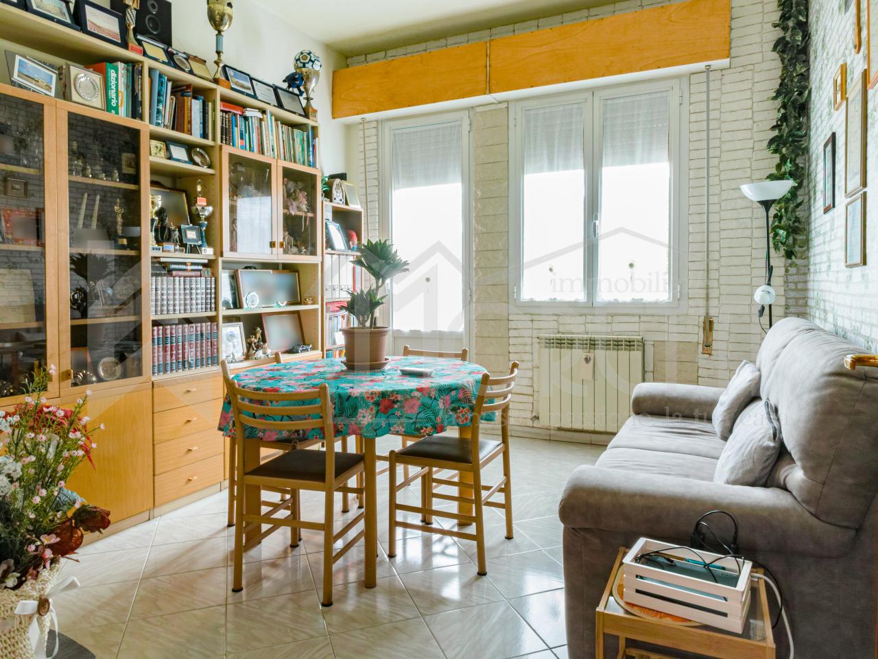 Quadrilocale in buone condizioni in vendita Rif. 10297832