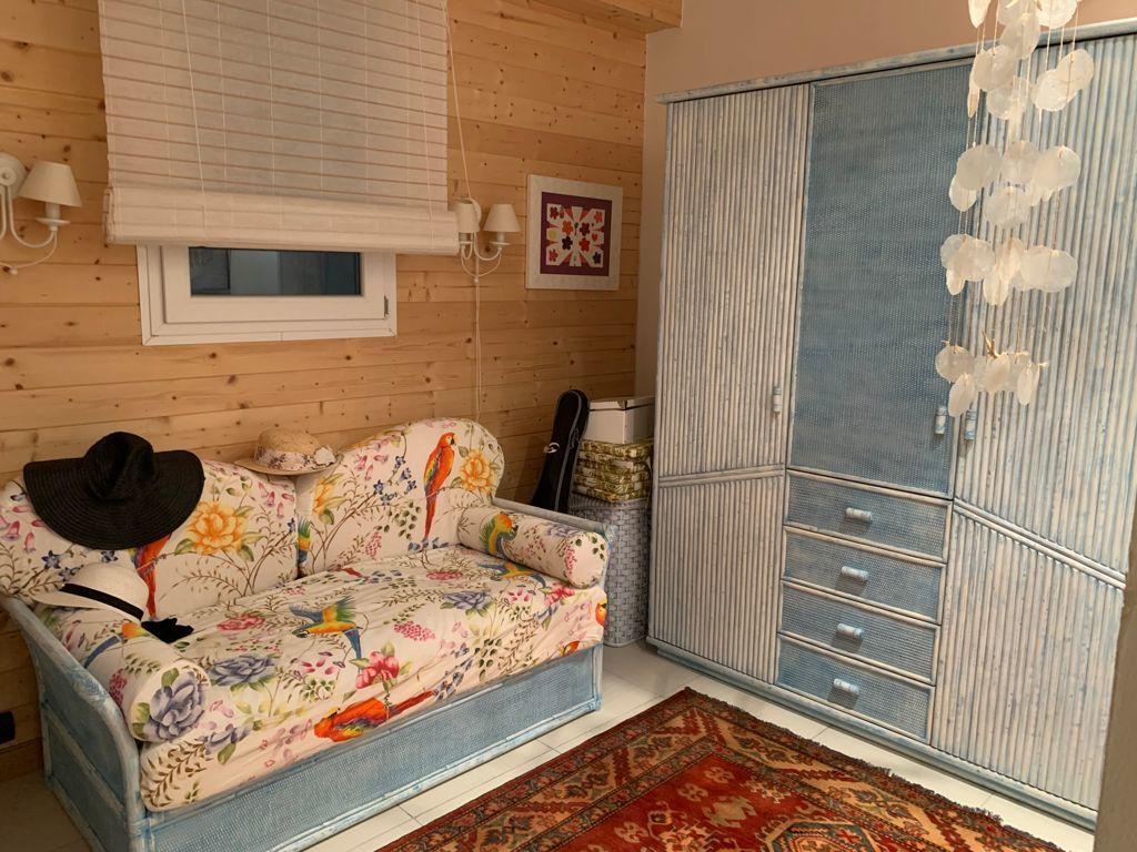Ampio appartamento con box auto ad Alassio 6Q78