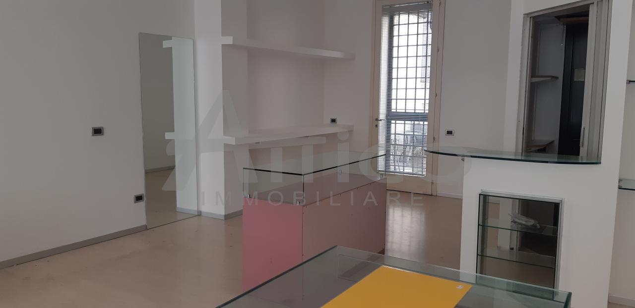 Locale commerciale - 3 Vetrine a Rovigo Rif. 8226606