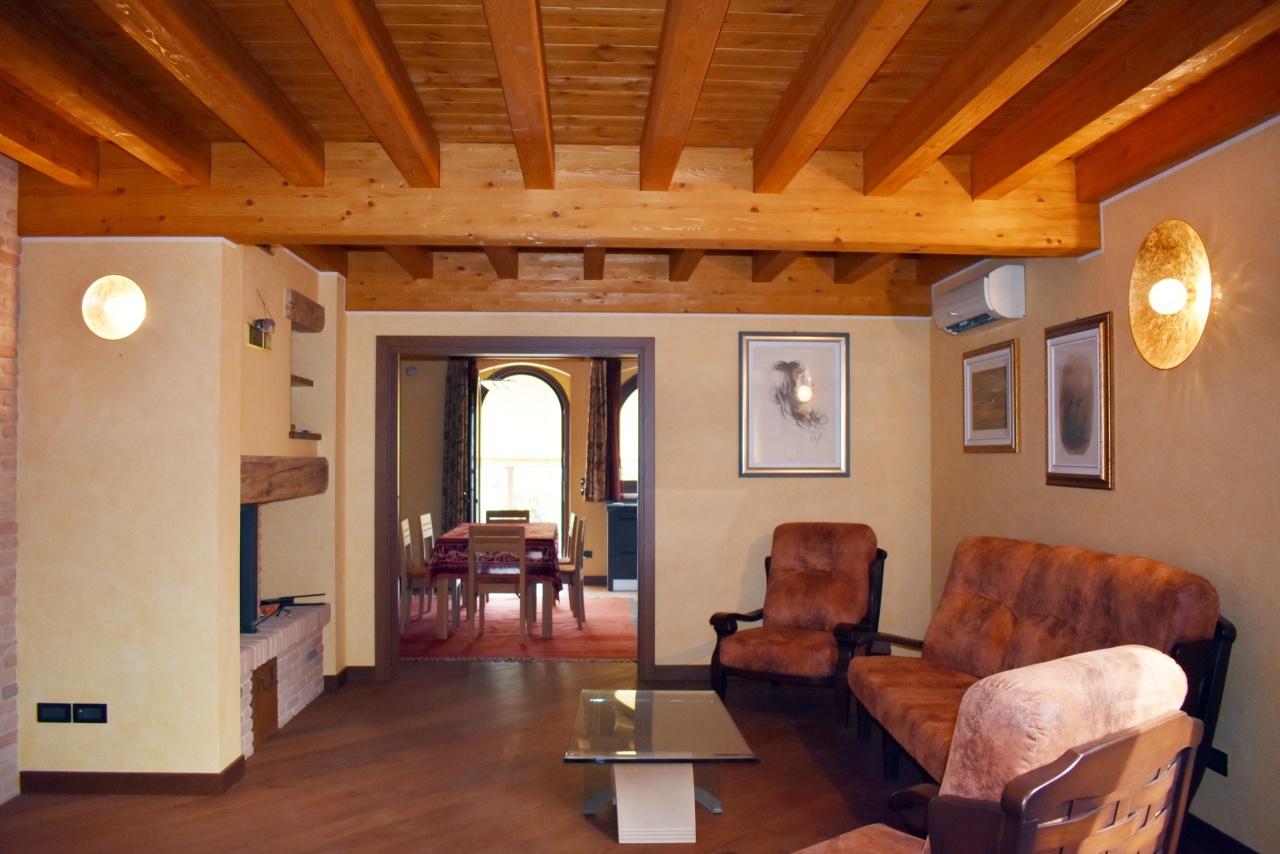 Villa in ottime condizioni in vendita Rif. 10297850