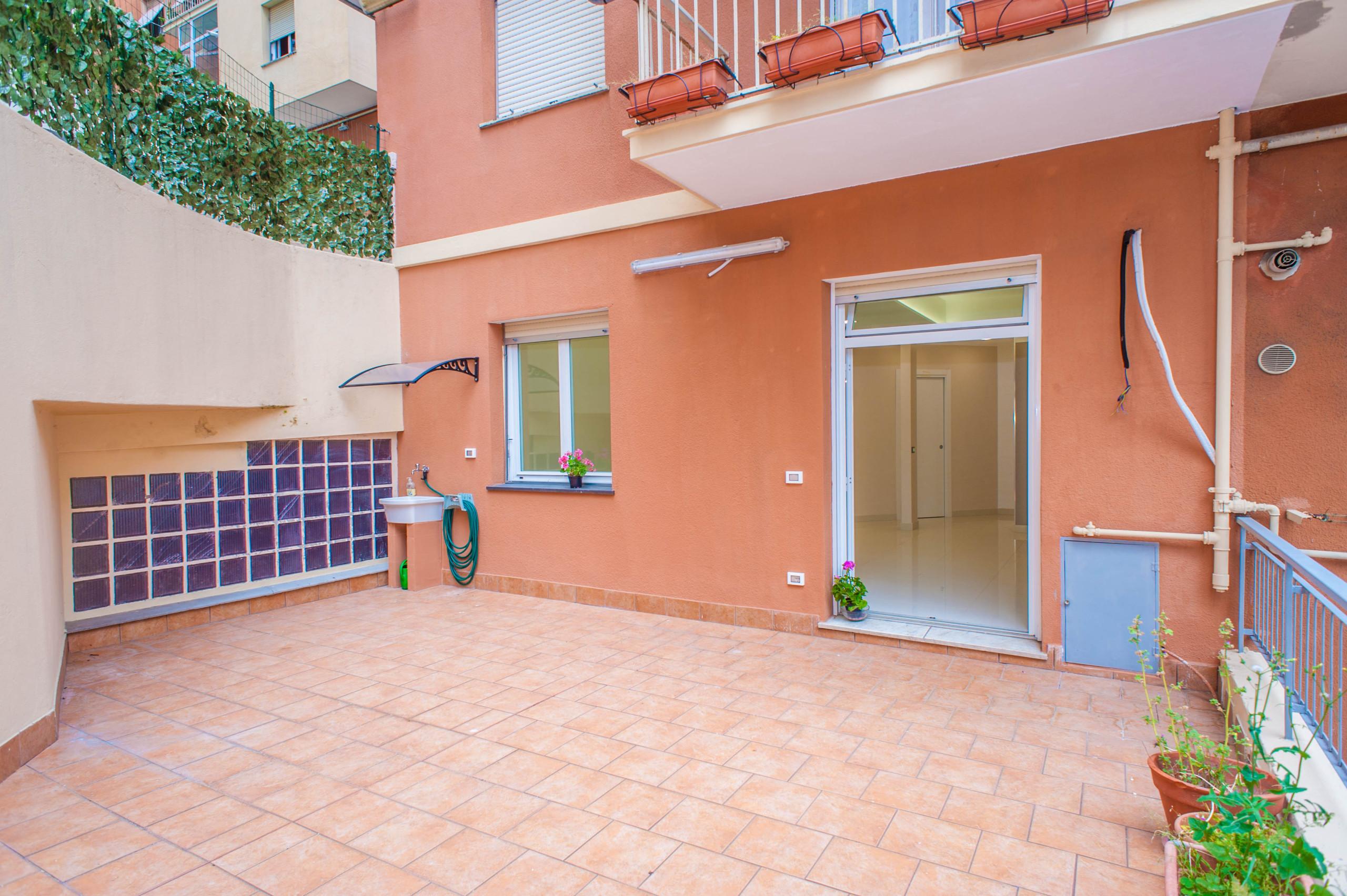 Codice 55 appartamento in vendita a genova immobiliare il perimetro - Vendita piastrelle genova ...