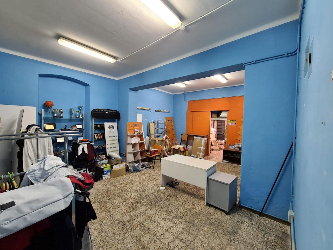 Negozio / Locale in affitto a Rapallo, 2 locali, prezzo € 550 | PortaleAgenzieImmobiliari.it