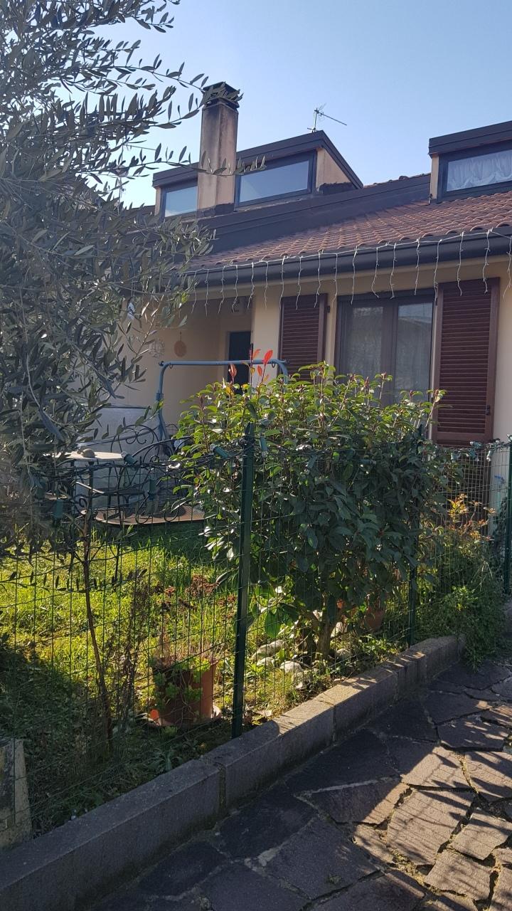 Semindipendente - Villa a schiera a Titta, Città di Castello