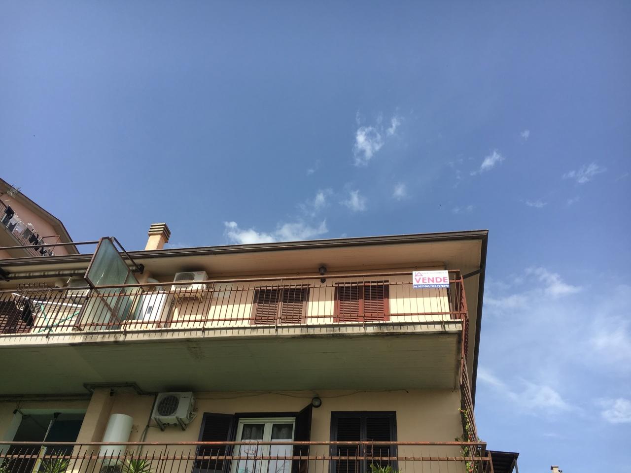 Attico / Mansarda in buone condizioni in vendita Rif. 10395553
