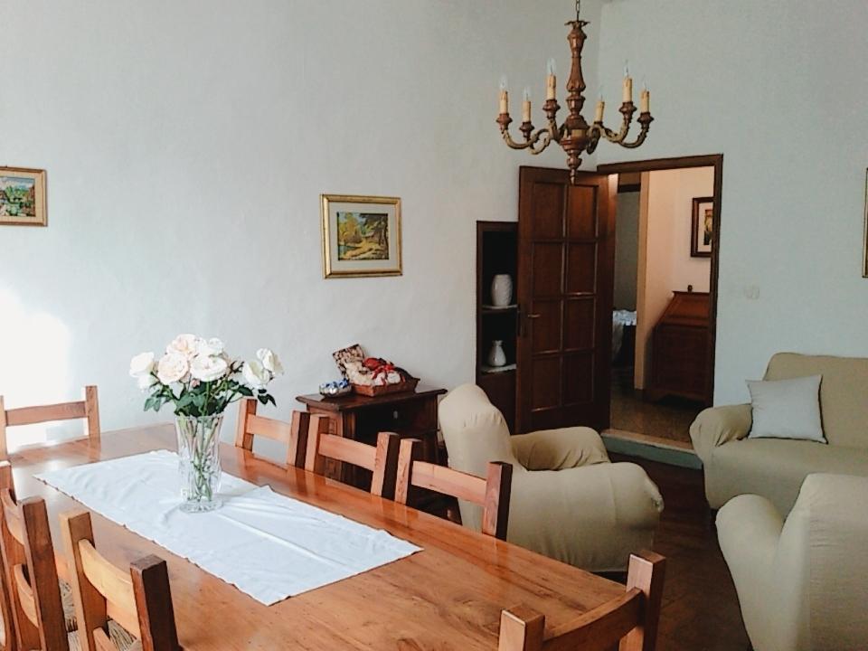 Appartamento in buone condizioni in vendita Rif. 9076144