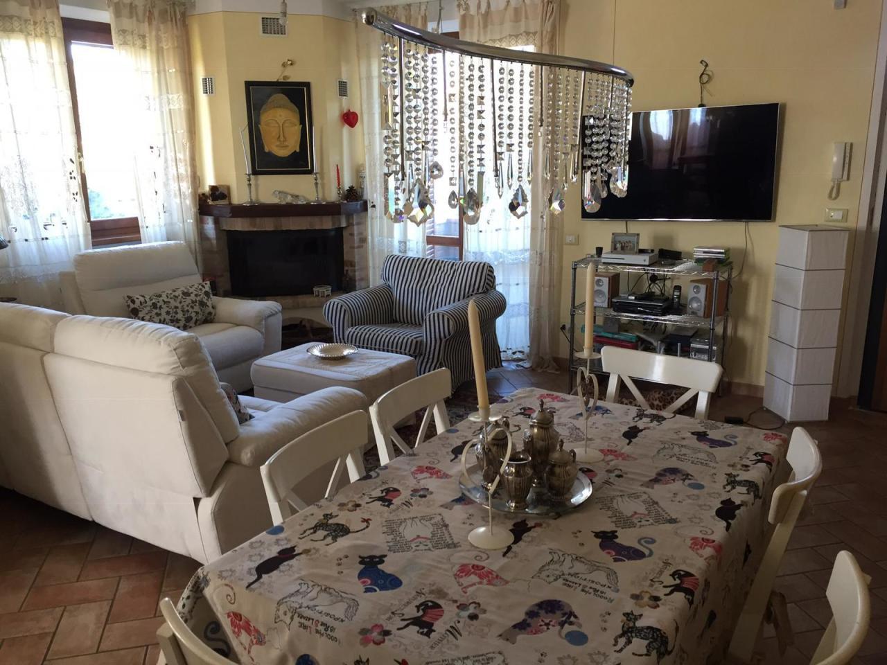 Casa Indipendente in ottime condizioni in vendita Rif. 8463568