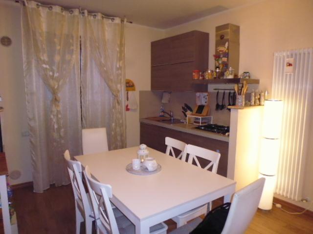 Appartamento ristrutturato arredato in vendita Rif. 9821860