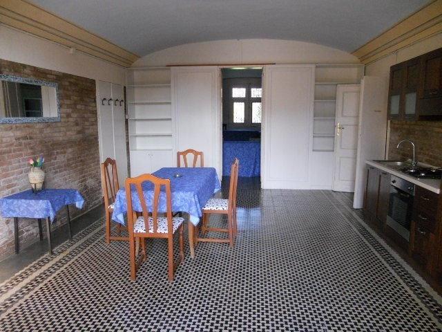 Stanza / posto letto in buone condizioni arredato in affitto Rif. 9847647