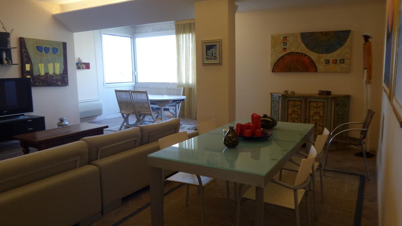 Appartamento in ottime condizioni arredato in affitto Rif. 8353308