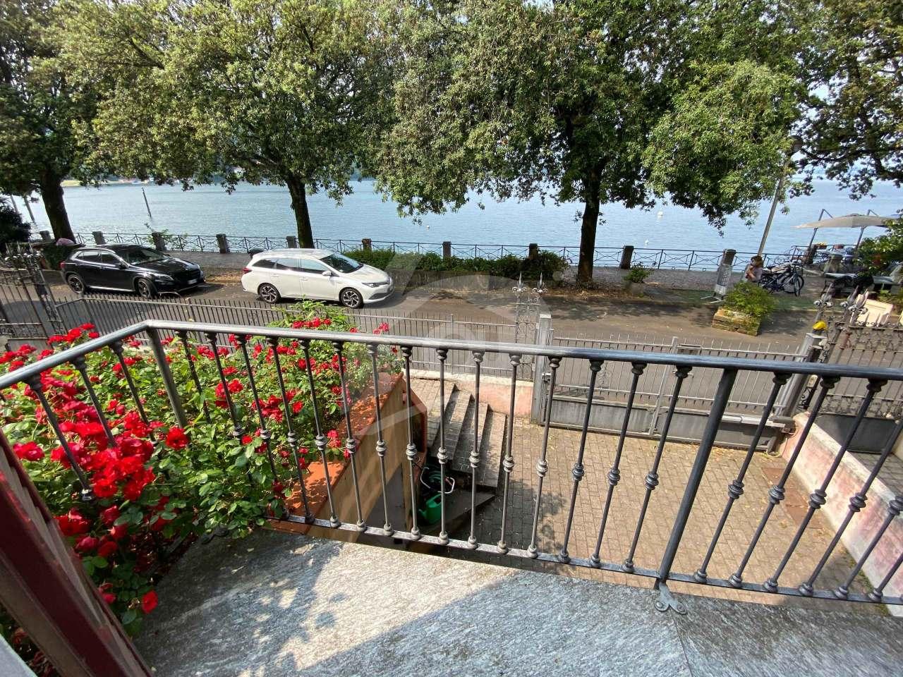Appartamento in affitto a Laveno-Mombello, 5 locali, prezzo € 1.000 | PortaleAgenzieImmobiliari.it
