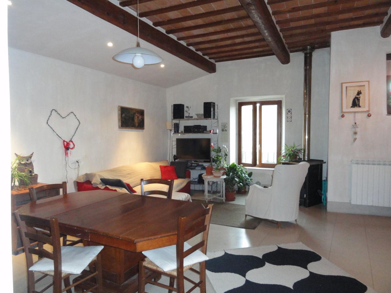 Appartamento ristrutturato in vendita Rif. 10919346