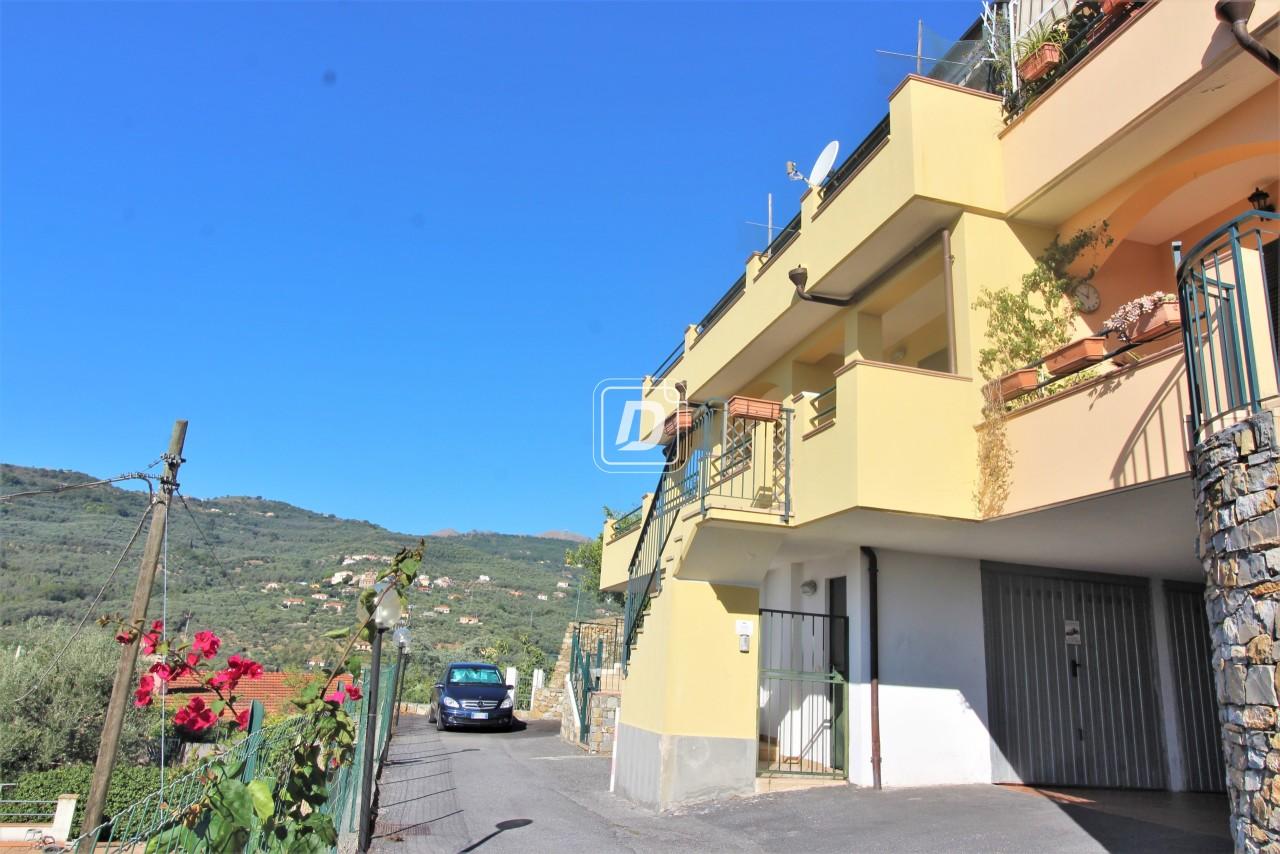 Villa a Schiera in vendita a Dolcedo, 4 locali, prezzo € 153.000 | PortaleAgenzieImmobiliari.it