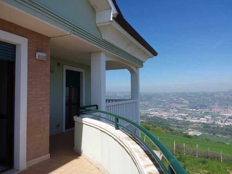 Appartamento in vendita a Colonnella, 3 locali, prezzo € 137.000 | PortaleAgenzieImmobiliari.it