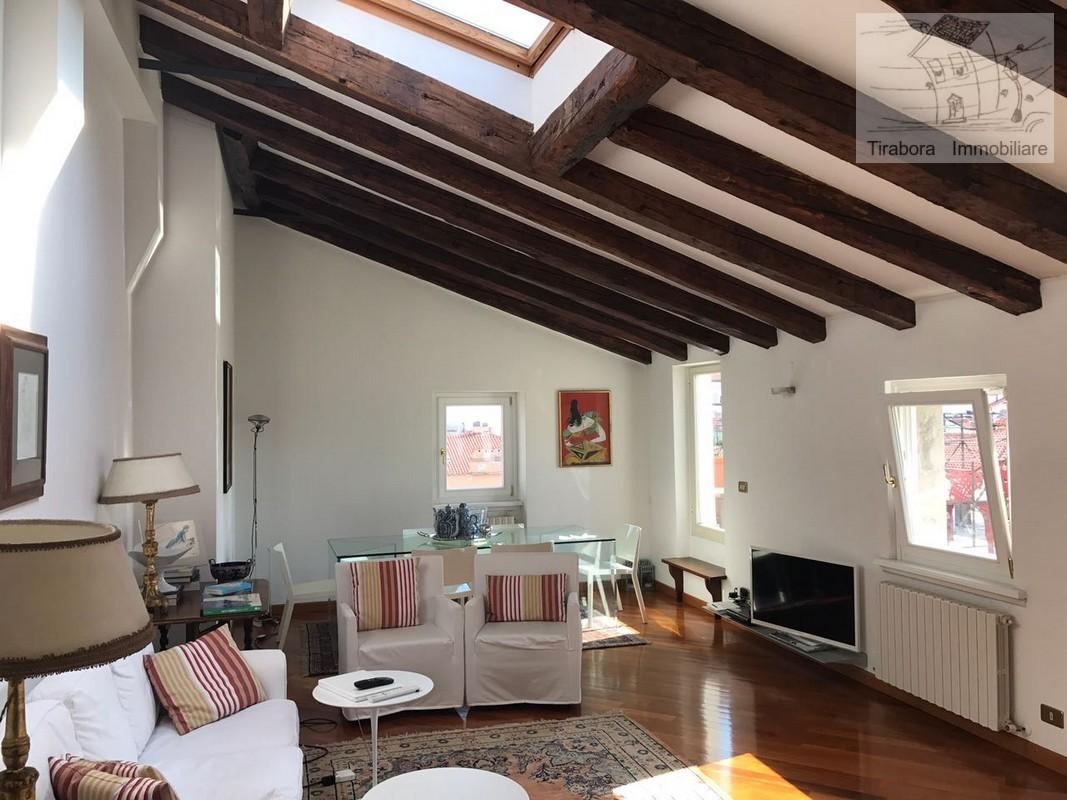 Appartamento - Quadrilocale a Trieste