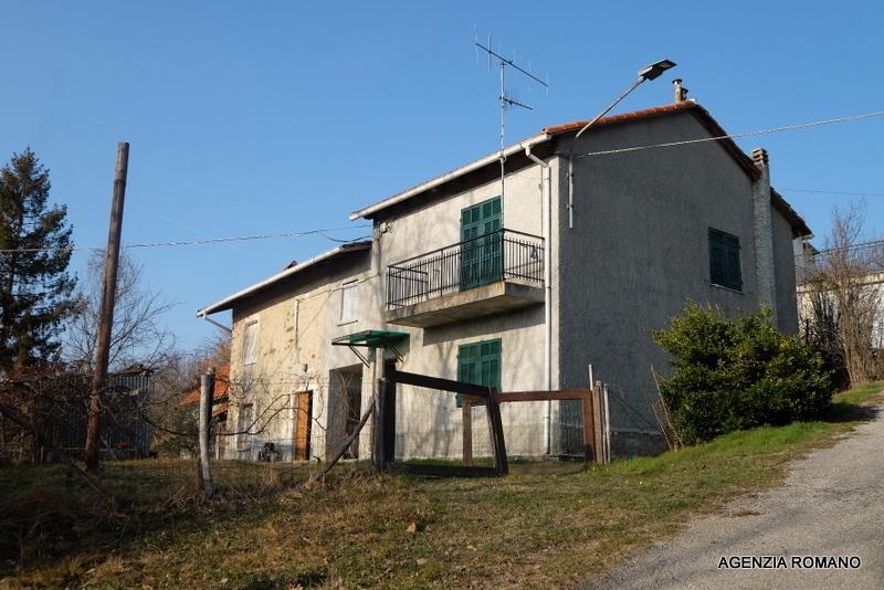 Rustico / Casale in vendita a Giusvalla, 12 locali, prezzo € 75.000 | PortaleAgenzieImmobiliari.it