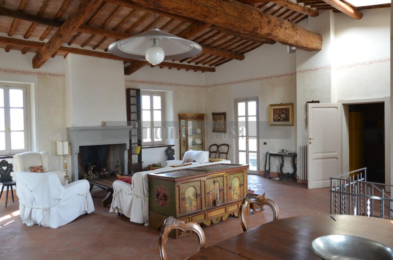 Appartamento - Trilocale a Centro città, Perugia