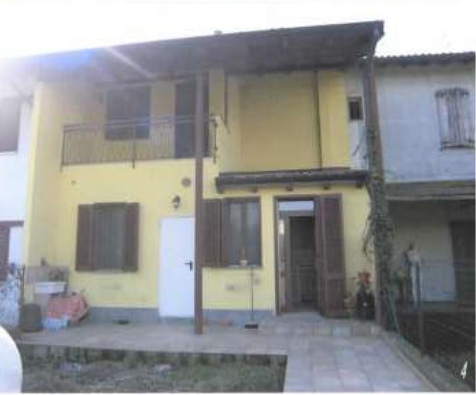 Porzione di casa in buone condizioni in vendita Rif. 10889915