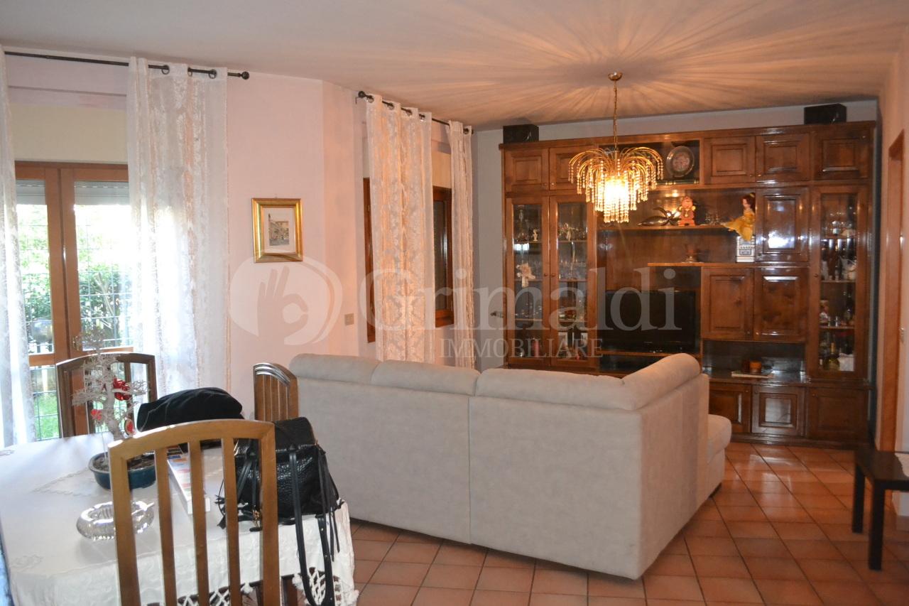 Villetta a schiera in affitto Rif. 11299427
