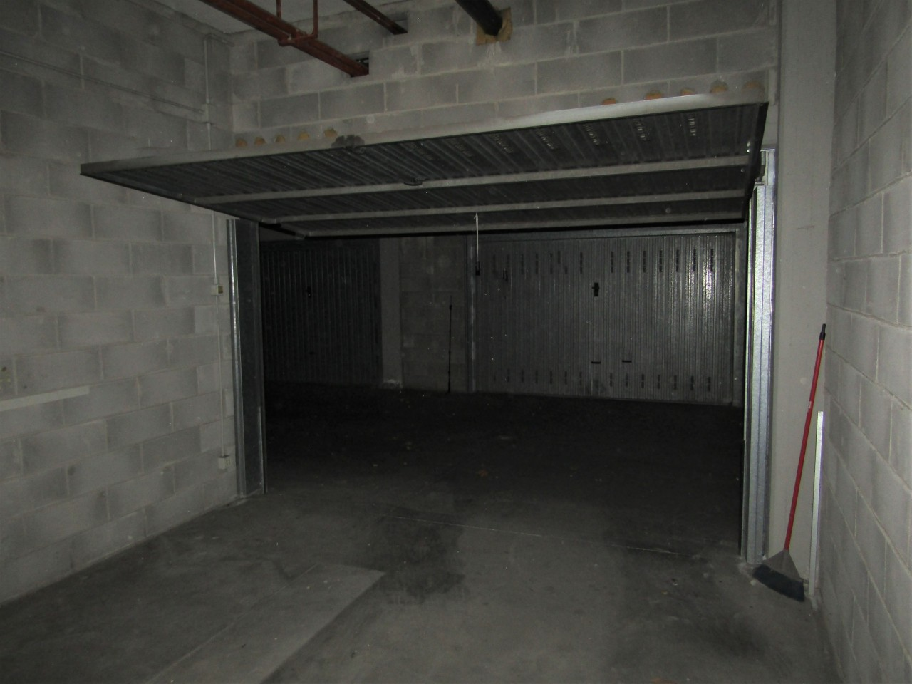 Garage / Posto Auto - Singolo a Livorno