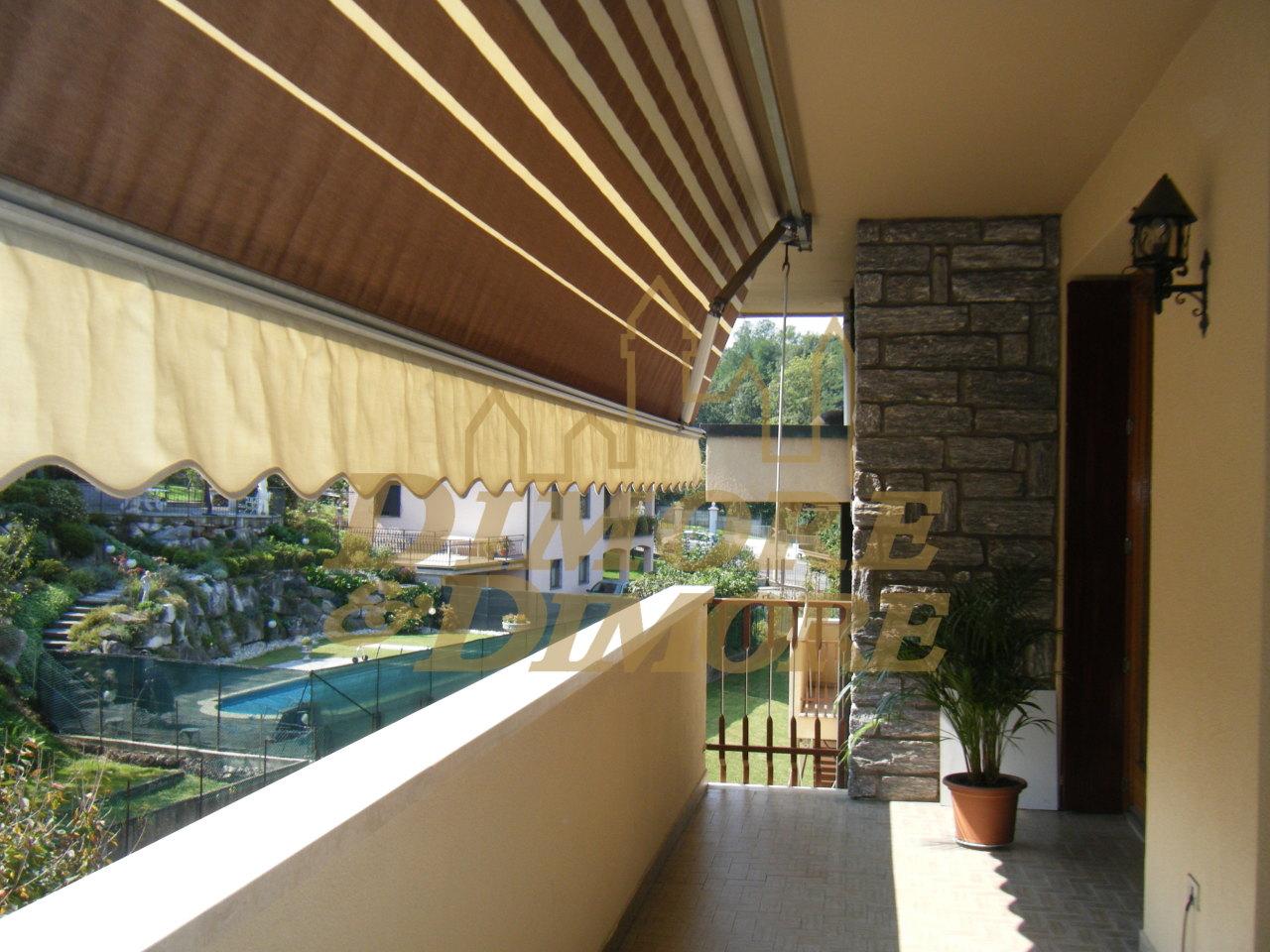 Appartamento in vendita a Laveno-Mombello, 4 locali, prezzo € 198.000 | CambioCasa.it